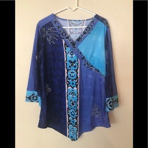 Tops - Shades of Blue V-Neck Long Sleeve Tunic - L
